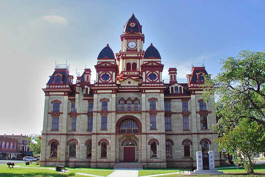 Lockhart TX Courthouse